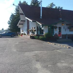 Hotel Pictures: Motel les Pins, Granby