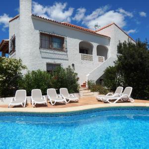 Hotel Pictures: Villa Carfax, Orba
