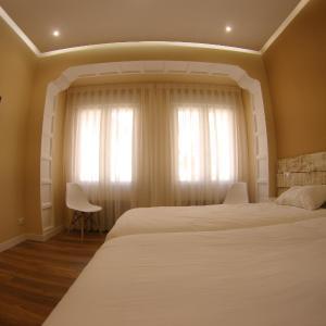 Hotel Pictures: Urban Burgos, Burgos