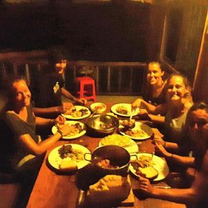 Foto Hotel: Longvek Hostel, Koh Rong Sanloem