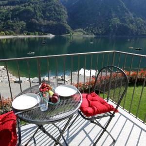 Hotel Pictures: Casa Manu - Villa Lardi, Le Prese, Poschiavo