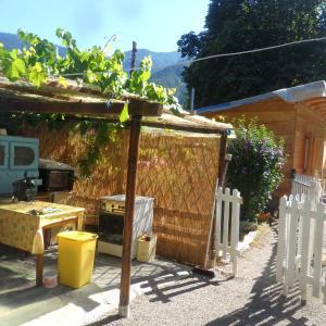 Hotel Pictures: La vieille maison Biselli, Tende