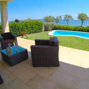 Hotel Pictures: Villa Cala Tono, Colonia de Sant Pere