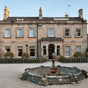 Hotel Pictures: Bannatyne's Charlton House Spa Hotel, Shepton Mallet