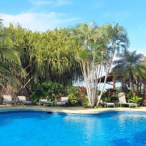 Hotel Pictures: Guacamaya Lodge, Paraíso