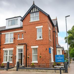 Hotel Pictures: Cherry Grove Guest House, Carlisle