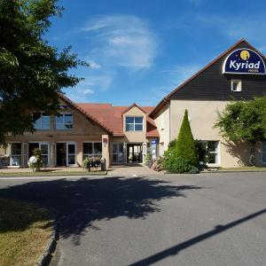 Hotel Pictures: Hôtel Kyriad Vernon / Saint Marcel, Saint-Marcel