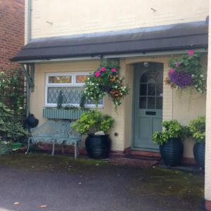 Hotel Pictures: Mere Cottage B & B, Alsager