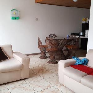 Hotel Pictures: Casa La Estacion, Cartago
