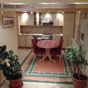 Фотографии отеля: Apartment Jasmina, Бихач