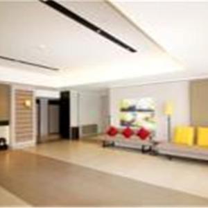 Hotellikuvia: Home Inn Ji'Nan Quancheng Road Shimao International Plaza, Jinan
