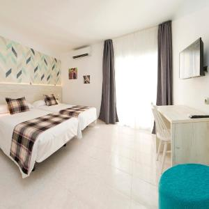Hotel Pictures: Hotel Playasol Lei Ibiza - Adults Only, Ibiza Town