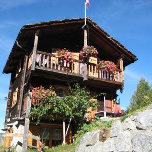 Hotel Pictures: Chalet Spycher, Sankt Niklaus