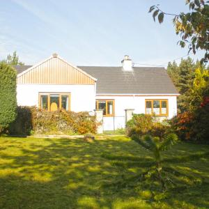 Hotel Pictures: Burnside Croft, Beauly