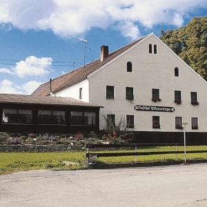 Hotel Pictures: Gasthof Pflamminger, Wörth an der Donau