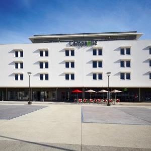 Hotel Pictures: Campanile Ales Centre, Alès