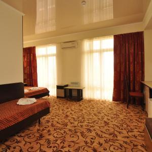 Zdjęcia hotelu: U Pliazha Hotel, Vityazevo