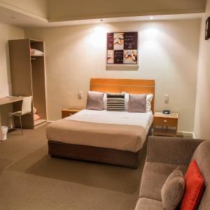 Hotellikuvia: Burkes Hotel Motel, Yarrawonga