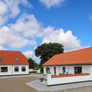 Hotel Pictures: Sellebjerg Apartment, Bindslev