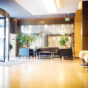 Hotel Pictures: Jinjiang Inn Zhangjiakou Xuanhua Bus Station, Zhangjiakou