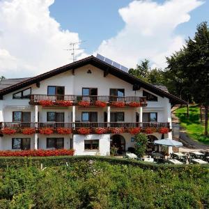 Hotelbilleder: Pension Bergstub`n, Saldenburg