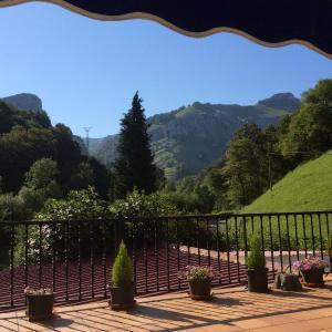 Hotel Pictures: Apartamentos Riomiera, San Roque de Ríomiera