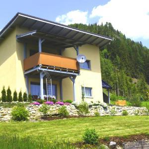Foto Hotel: Apartments Grebenec, Sankt Blasen