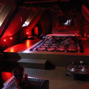 Hotel Pictures: Bubble Lounge Hotel, Hooglede