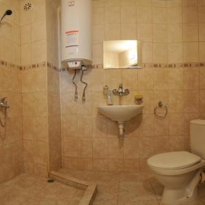 Hotellikuvia: Hotel Prolet, Shumen