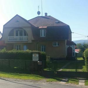 Hotel Pictures: Apartmány Mikeš, Kašperské Hory