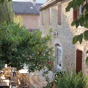 Hotel Pictures: Hôtel Paradis, Barjac