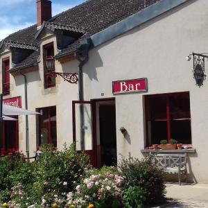 Hotel Pictures: Auberge Saint Aubin, Saint-Aubin-le-Monial