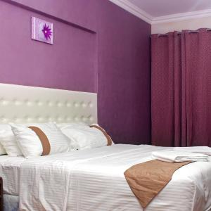 Hotel Pictures: Delmon Hotel Apartments, Muscat