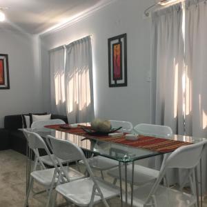 Zdjęcia hotelu: Apartamento Los Abuelos Calle Peron, Colón
