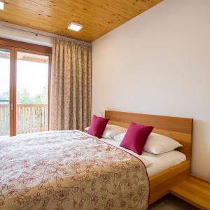 Foto Hotel: Moor-Rosl Apartmenthotel, Gamlitz