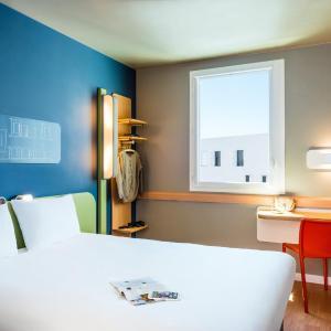 Hotel Pictures: ibis budget Saint Quentin Yvelines - Vélodrome, Montigny-le-Bretonneux