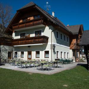 Zdjęcia hotelu: Berggasthof Zierer, Liezen