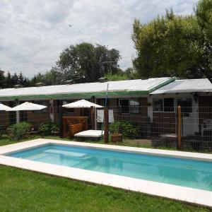 ホテル写真: Complejo Los Gringos, Villa Ciudad de America