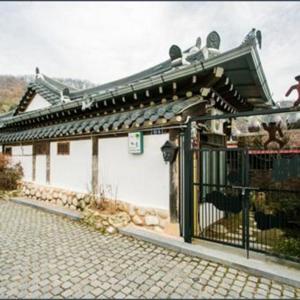 Zdjęcia hotelu: Jeonju Chaewoon Hanok Stay, Jeonju