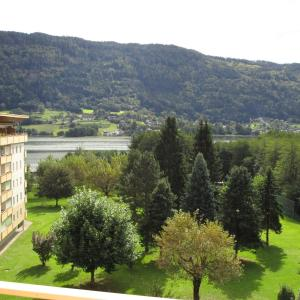 Hotel Pictures: KMB Appartement direkt am Ossiachersee - KE1 - mit Seeblick, Bodensdorf