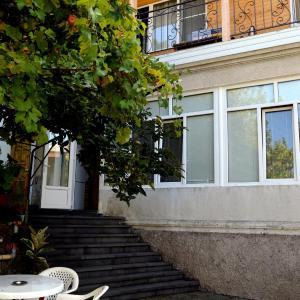Zdjęcia hotelu: Guest House on Kabardinskaya 107, Gagra