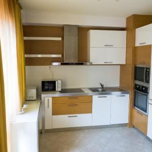 Hotel Pictures: 3-bedroom Apartment City, Blagoevgrad