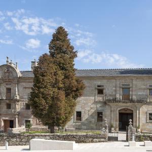 Hotel Pictures: Albergue Monasterio de La Magdalena, Sarria