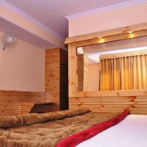 Fotos de l'hotel: Shimla Holiday Inn, Shimla