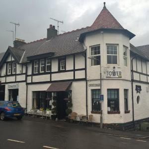 Hotel Pictures: The Tower, Oxton