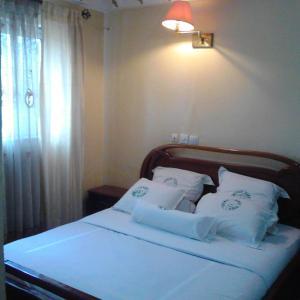 Hotel Pictures: Apple Gate Hotel, Bamenda