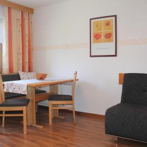 Hotelbilleder: Haus Bettina, Ladis