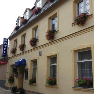 Hotel Pictures: Hotel Alster, Jevíčko