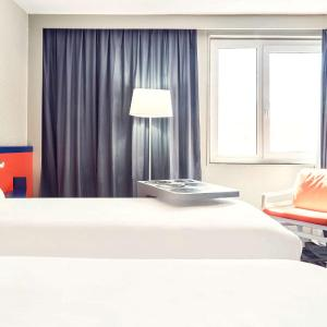 Hotel Pictures: ibis Styles Marseille Aéroport, Vitrolles