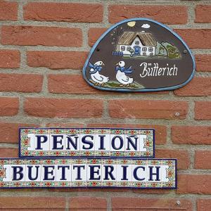 Hotel Pictures: Pension Bütterich, Husum